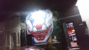 Lucerna Comedor付近の壁にジョーカー