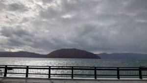 奥入瀬渓流の先にある十和田湖